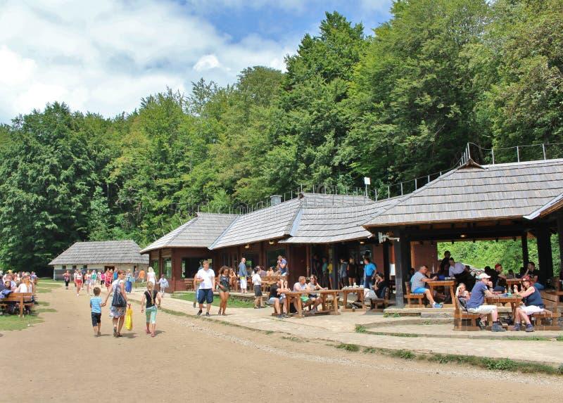 Het Nationale Park van de Meren van Plitvice in Kroatië stock afbeeldingen