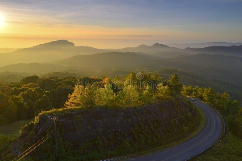 Het Nationale Park van Doiinthanon, Chiang Mai in de vroege ochtend royalty-vrije stock fotografie