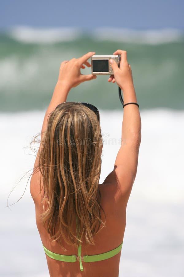 Het nemen van beelden van de oceaan royalty-vrije stock afbeelding