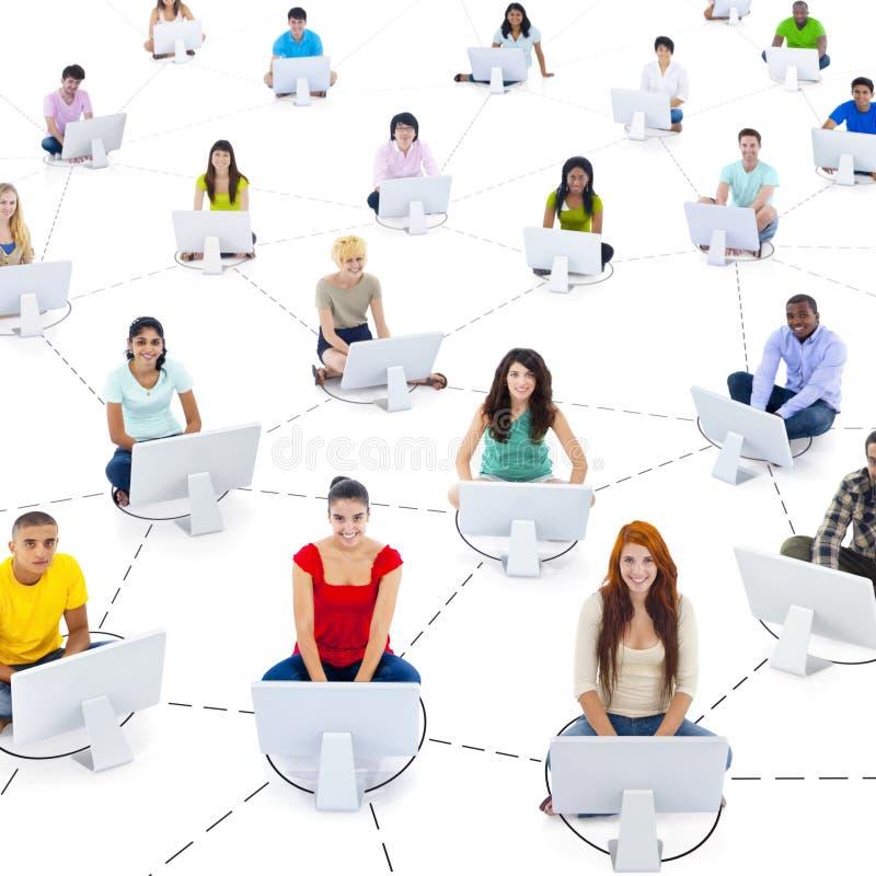 Het Netwerkconcept van studentenconnection communication internet stock foto