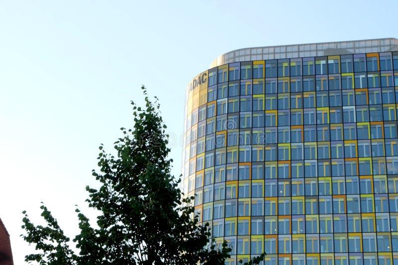 Het Nieuwe Hoofdkwartier van ADAC in München stock afbeelding