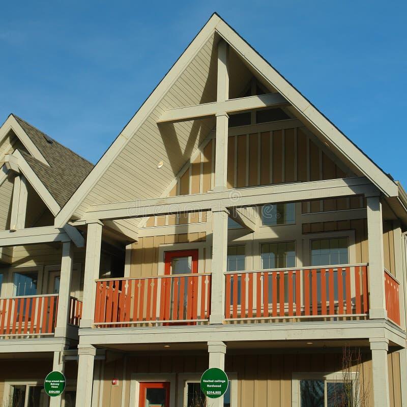 Het nieuwe Huis van Huizen voor Verkoop stock foto
