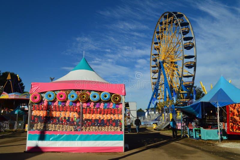Het noorden Carolina State Fair Midway Rides stock afbeelding