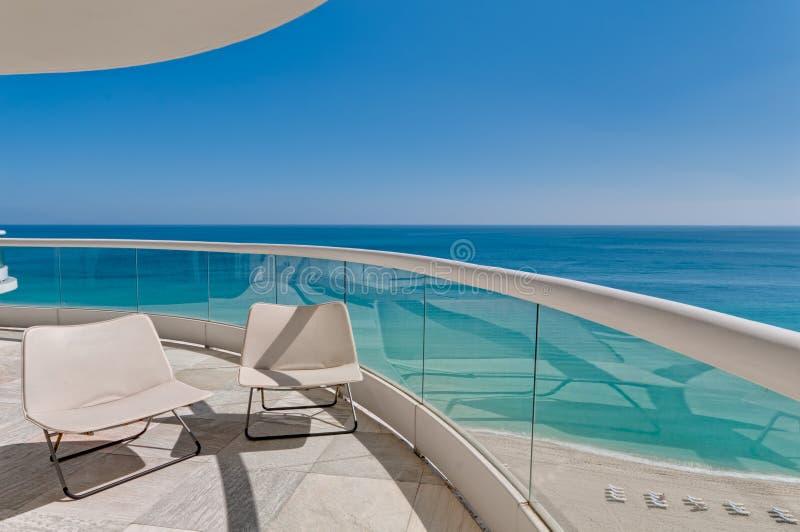 Het oceaan Balkon van de Mening stock foto's