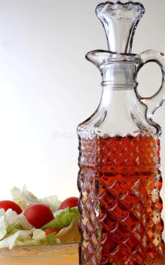 Het Olie-en azijnstelletje en de Salade van de azijn royalty-vrije stock foto's