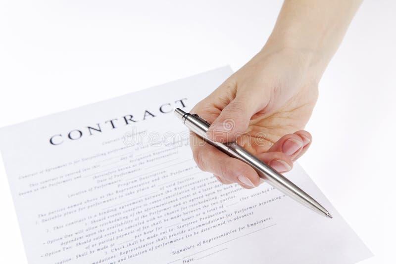 Het ondertekenen van Contract royalty-vrije stock foto's