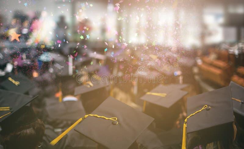 Het onderwijsconcept van de graduatiedag stock afbeeldingen