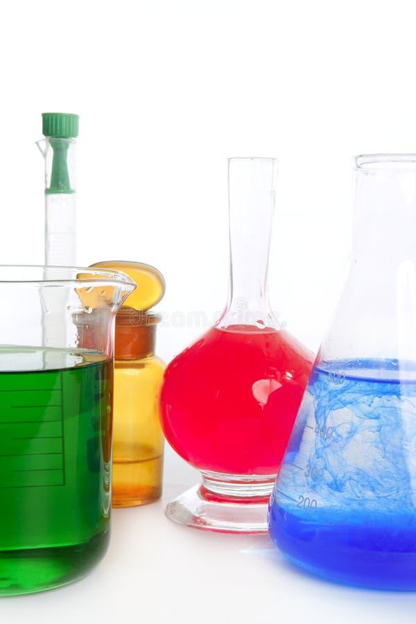 Het onderzoeklaboratorium van de chemicus, chemische apparatuur royalty-vrije stock afbeelding
