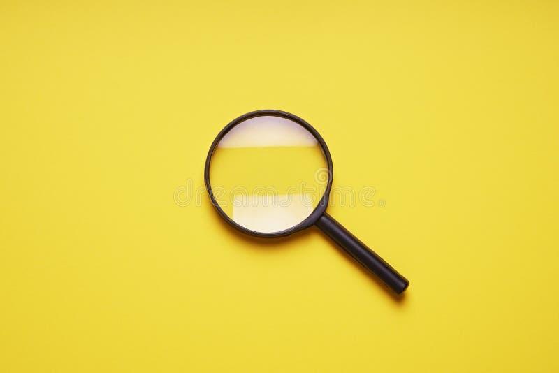 Het onderzoekssymbool van vergrootglas meer magnifier loupe royalty-vrije stock foto's