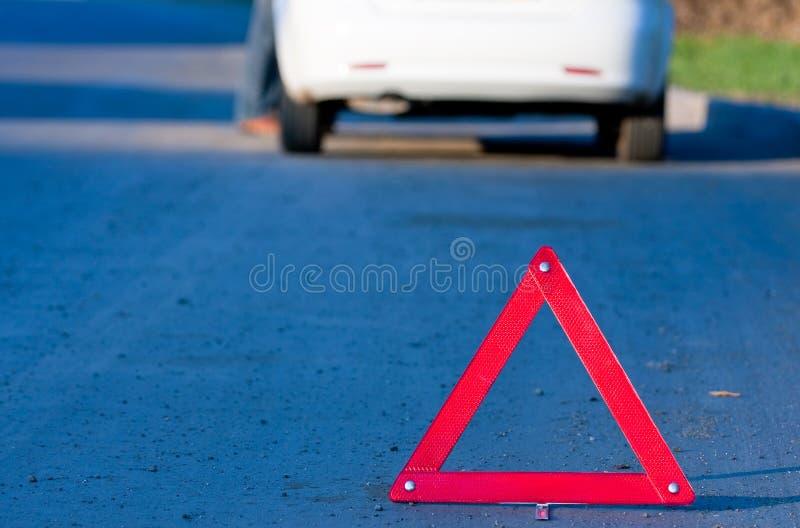 Het ongeval van de auto op een weg stock afbeelding