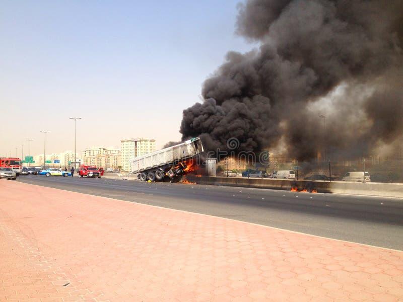 Het Ongeval van de vrachtwagen in Farwaniya, Koeweit royalty-vrije stock afbeelding