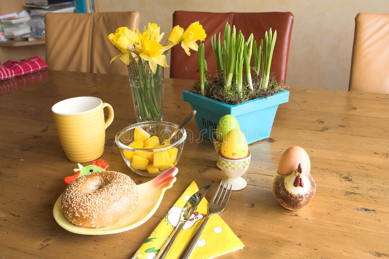 Het ontbijt van Pasen voor  stock afbeeldingen