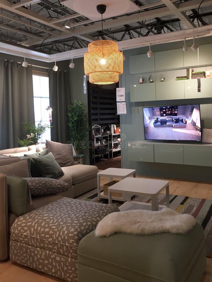 Het ontwerp van de familieruimte bij aardige opslag IKEA Amerika royalty-vrije stock afbeelding