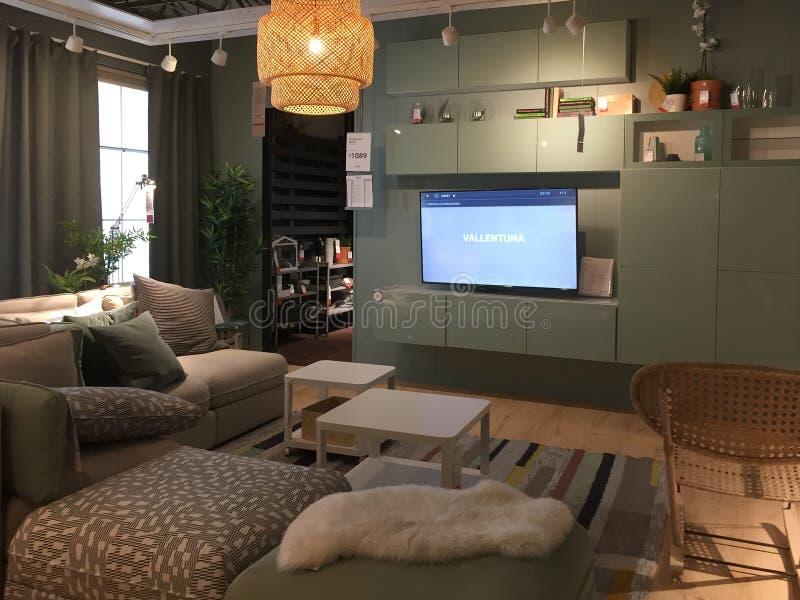 Het ontwerp van de familieruimte bij opslag IKEA Texas America stock foto