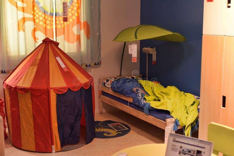 Het ontwerp van de kinderenslaapkamer bij opslag royalty-vrije stock afbeeldingen