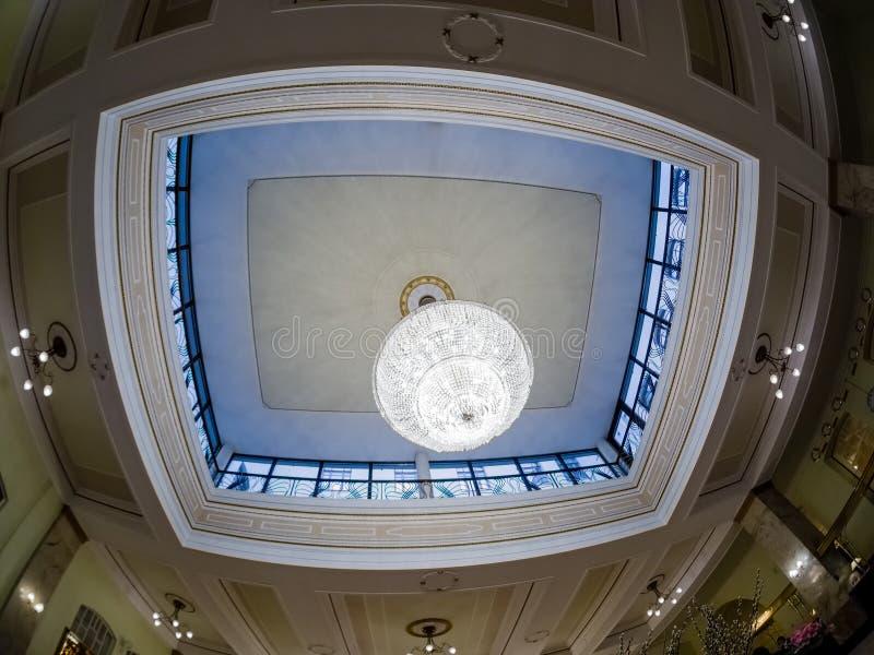 Het ontwerpbinnenland van het halplafond in Metropol-hotel in Moskou, Rusland royalty-vrije stock foto's