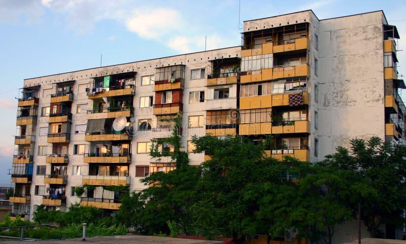 Download Het Onverbiddelijke Communistische Blok Van De Eraflat In Bulgarije Stock Afbeelding - Afbeelding bestaande uit flats, communistisch: 292591
