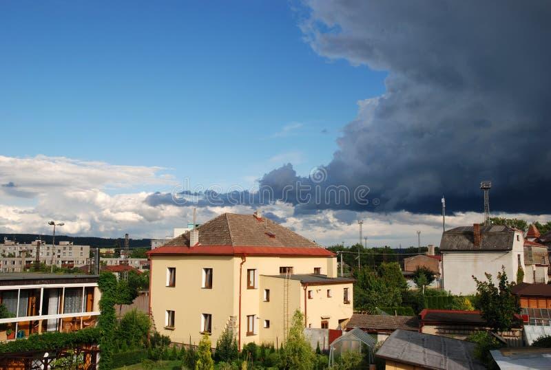 Het onweer komt stock afbeeldingen