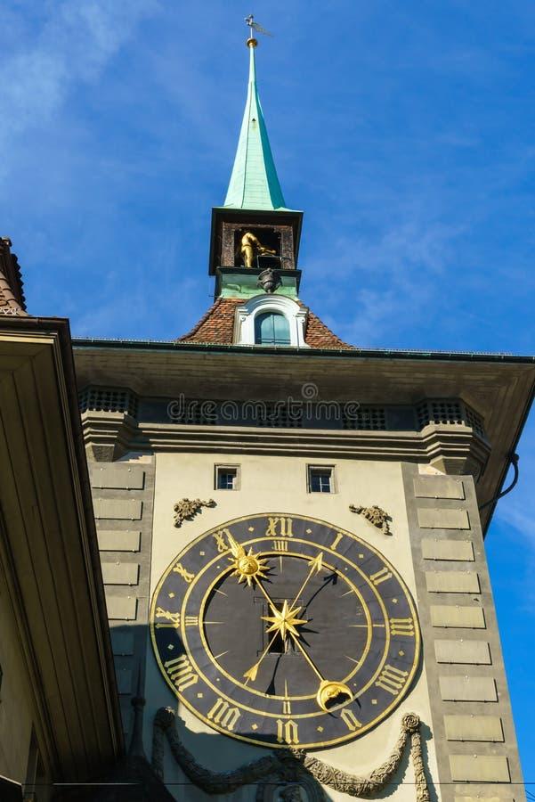 Het oostelijke gezicht van Zytglogge, middeleeuwse klokketoren, Bern, S stock fotografie