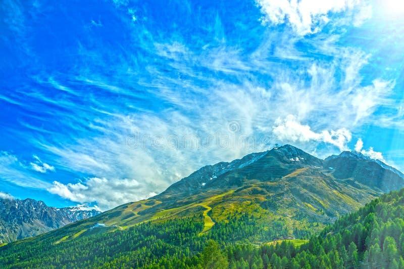 Het Oostenrijkse landschap van de de bergenzomer van alpen royalty-vrije stock afbeelding