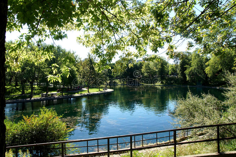 Het openbare Park van La Fontaine stock foto