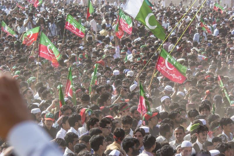 Het openbare verzamelen zich van een politieke partij in Pakistan stock foto