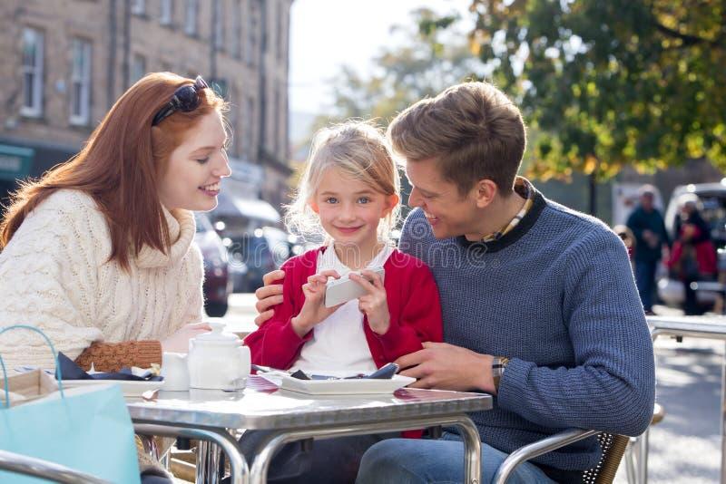 Het opleiden van Ouders op Moderne Technologie royalty-vrije stock foto's