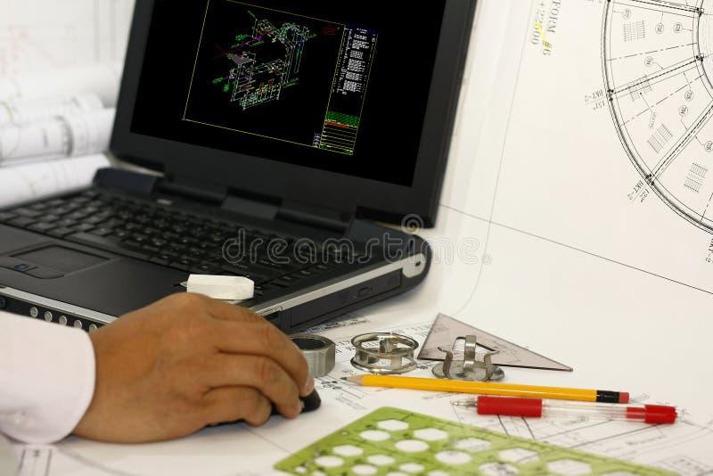 Het opstellen van leidingeninstrument en diagram royalty-vrije stock foto