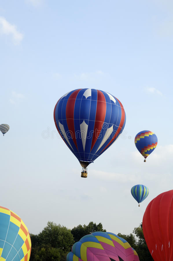 Het Opstijgen van de Ballons van de hete Lucht royalty-vrije stock foto's