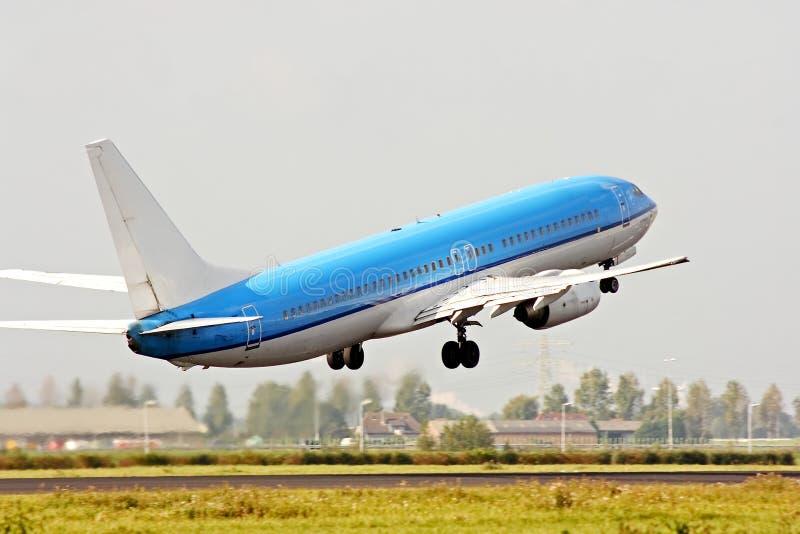 Het opstijgen van het vliegtuig
