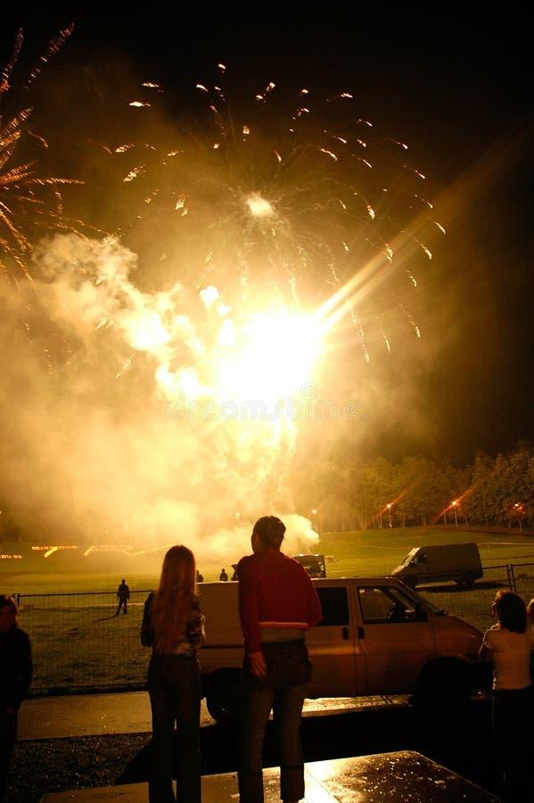 Het opstijgen van het vuurwerk royalty-vrije stock foto's