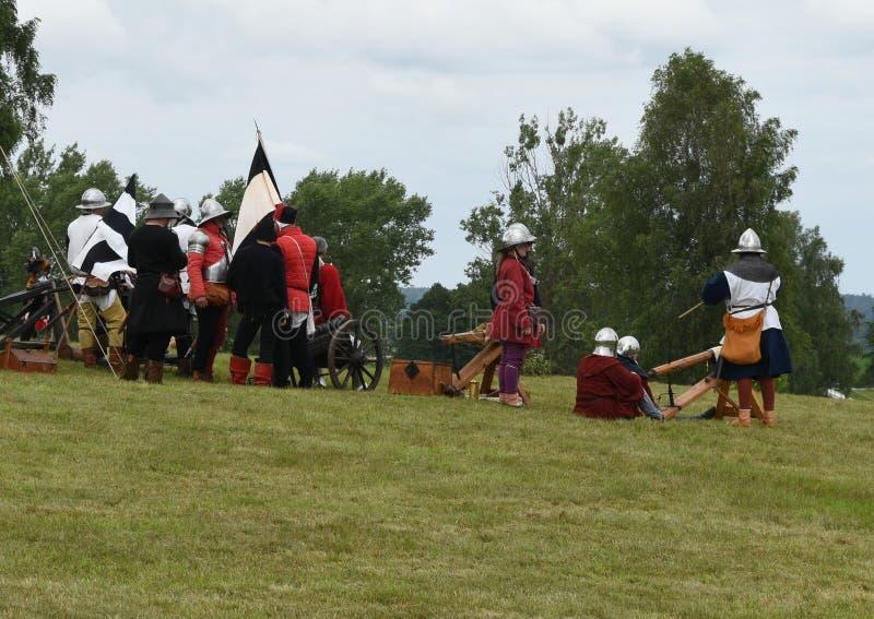 Het opvoeren van de middeleeuwse Slag van Grunwald van 1410 royalty-vrije stock afbeelding
