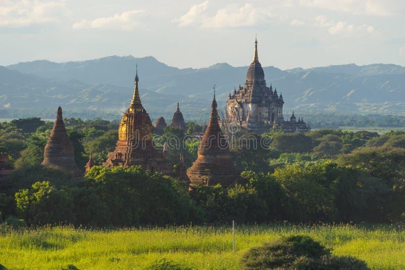 Het oriëntatiepunt van de Shwegugyitempel van de oude stad van Bagan, Mandalay, Myanm stock foto