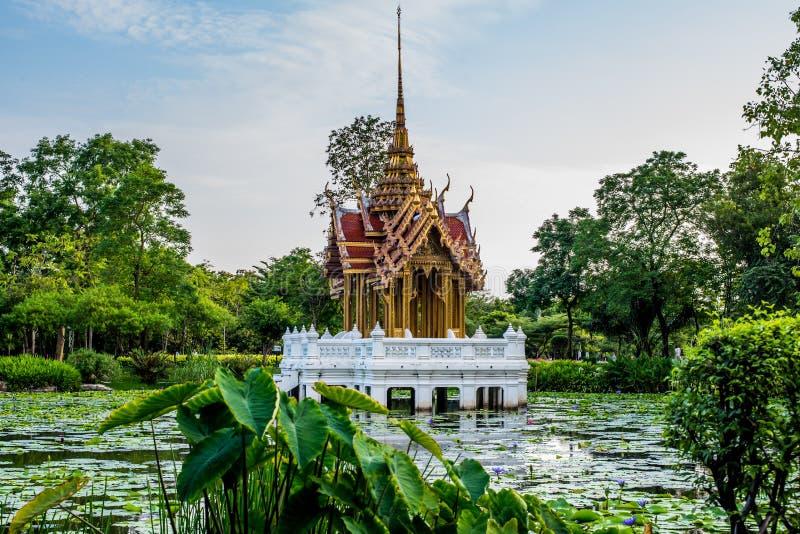 Het oriëntatiepunt van het tempelpaviljoen van Suan Luang Rama IX Openbaar Park, Bangkok royalty-vrije stock afbeeldingen
