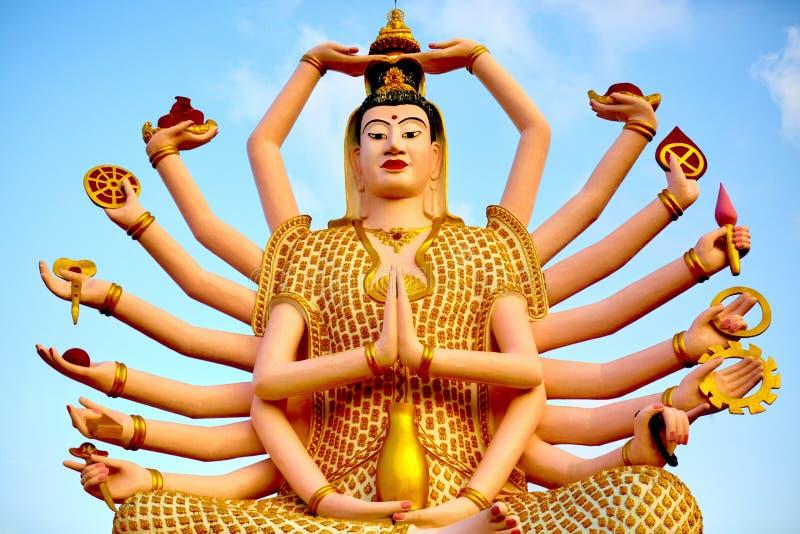 Het oriëntatiepunt van Thailand Guan Yin Statue At Big Buddha-Tempel Buddhis stock fotografie