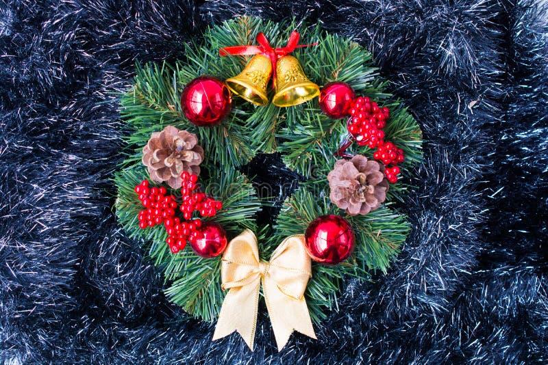 Download Het Ornament van Kerstmis stock afbeelding. Afbeelding bestaande uit verrassing - 107700461