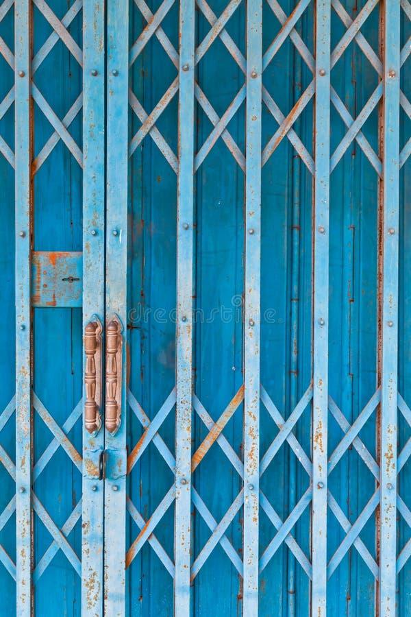 Het oude blauwe staalblind royalty-vrije stock fotografie