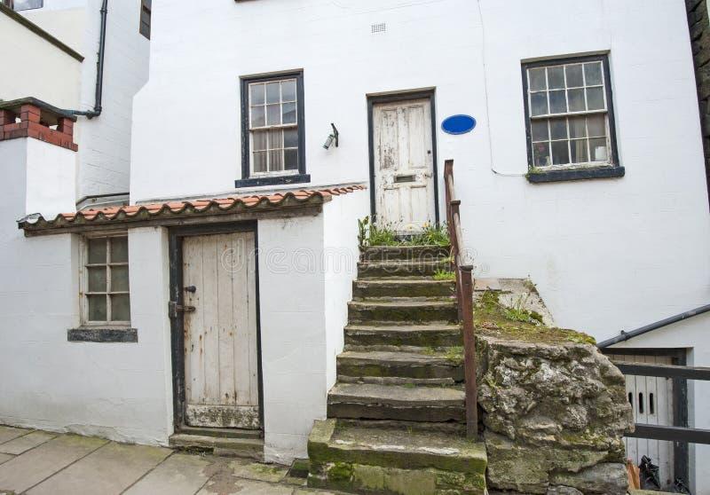 Het oude Engelse plattelandshuisje van het land in dorp royalty-vrije stock afbeelding