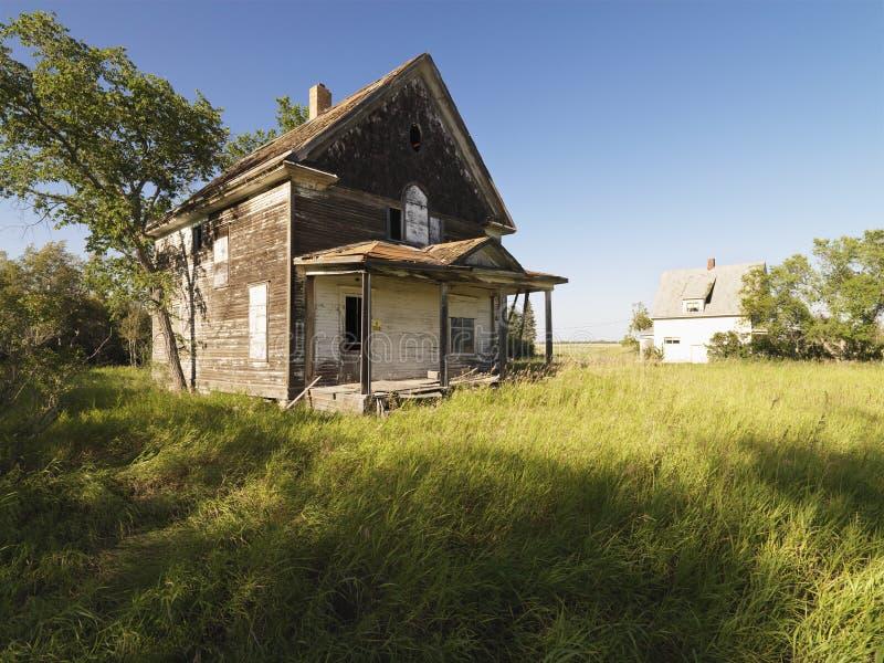 Het oude huis van het Landbouwbedrijf. royalty-vrije stock afbeelding