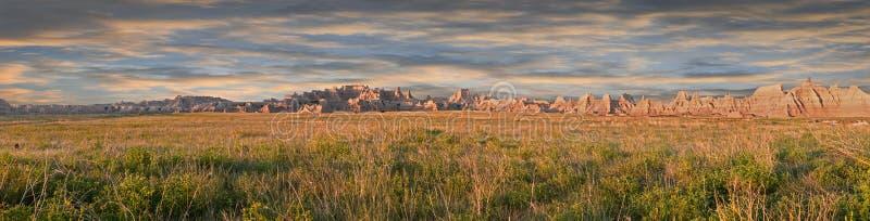 Het oude Noordelijke Panorama van Badlands van de Weg stock afbeeldingen