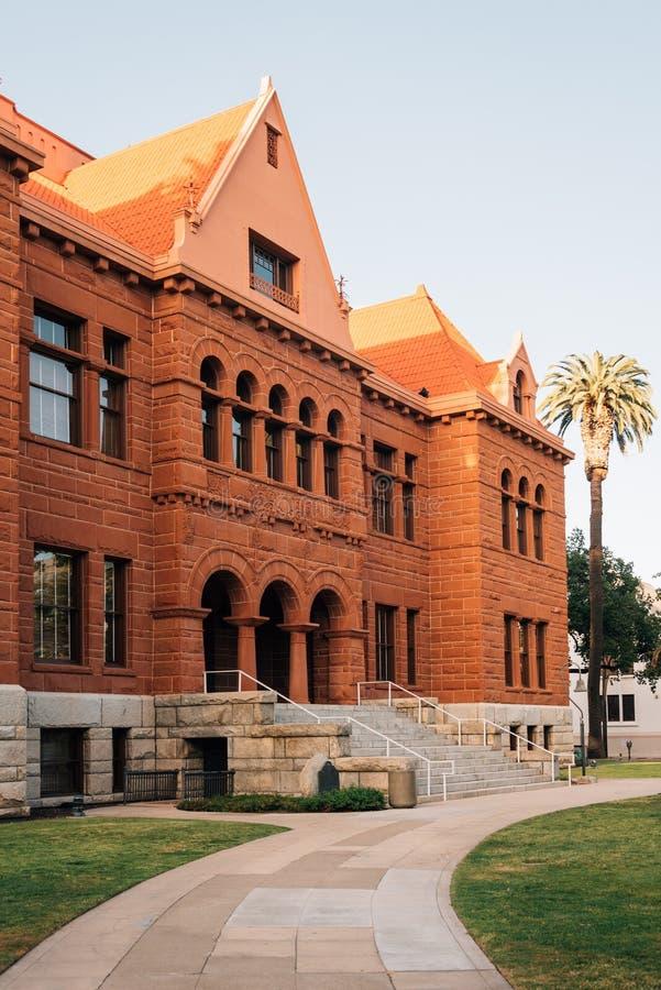 Het Oude Oranje Gerechtsgebouw van de Provincie, in Santa Ana van de binnenstad, Californi? royalty-vrije stock afbeeldingen