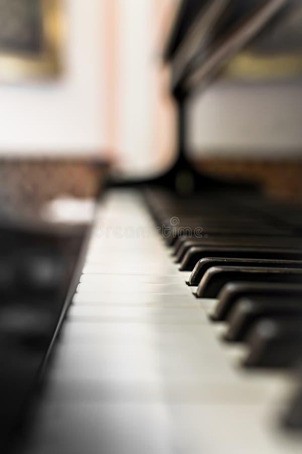 Het oude toetsenbord van de Piano royalty-vrije stock foto's