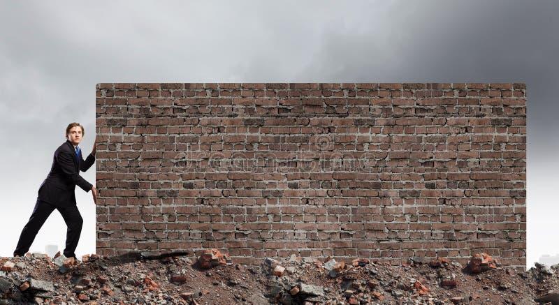 Het overbruggen van barrières royalty-vrije stock afbeeldingen