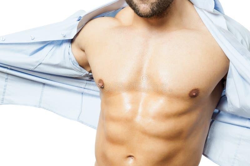 Het overhemd van de Bodybuildingsmens weg stock fotografie