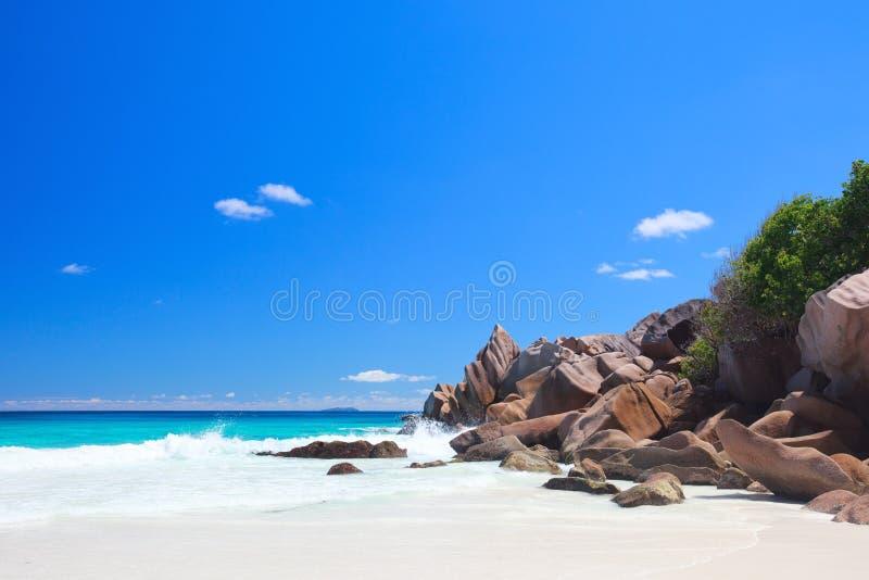 Het overweldigen sloeg in Seychellen royalty-vrije stock fotografie
