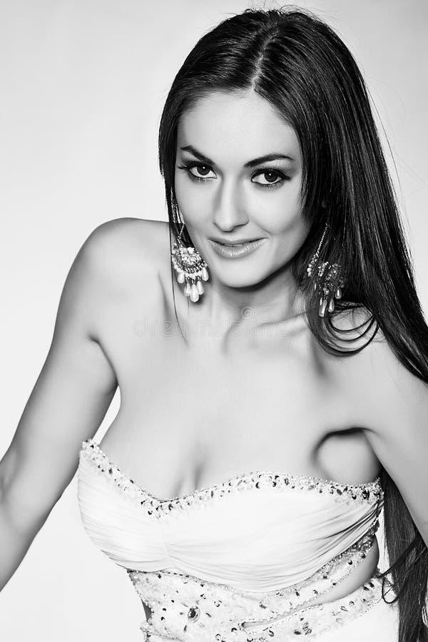 Het overweldigen van het Vrouwelijke Model van de Glamour royalty-vrije stock foto's