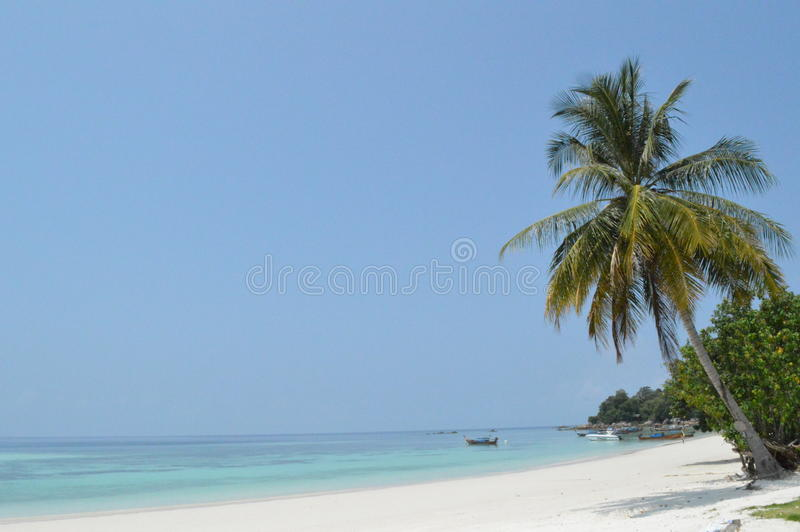 Het overweldigen van mooi Pattaya-strand Koh Lipe Thailand royalty-vrije stock afbeeldingen