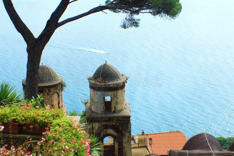 Het overzees bij Amalfi Kust royalty-vrije stock fotografie