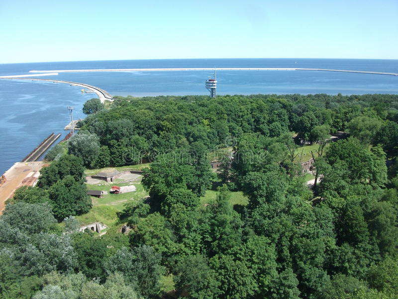 Het overzees en het bos van ÅšwinoujÅ› Cie in Polen royalty-vrije stock foto's