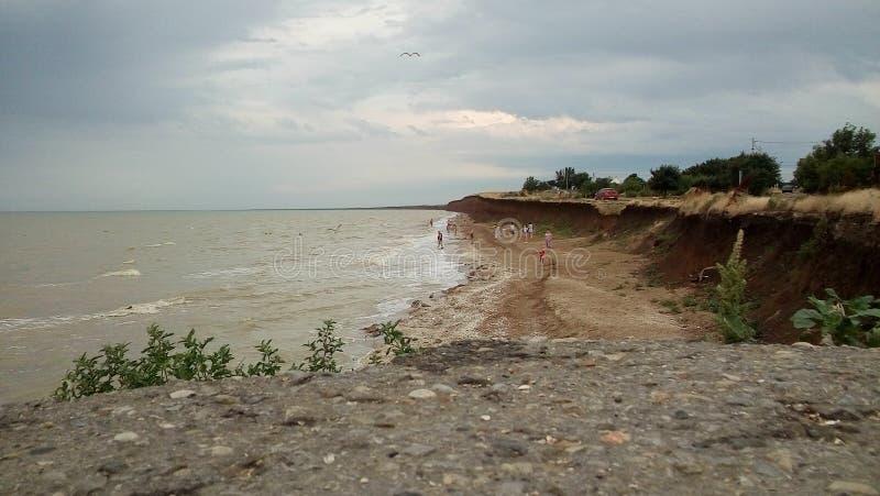 Het overzees van Azov bij de zomer stock afbeeldingen